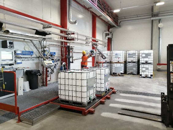 CH-Polymers IBC warehouse in action